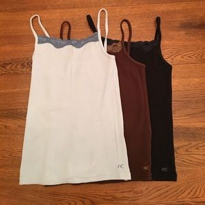 AMERICAN EAGLE🌻Bundle of Undershirts Size XS